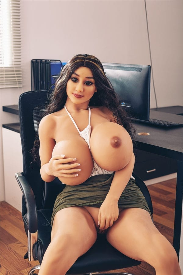 140cm irontech sex doll jojo showing one open nipple