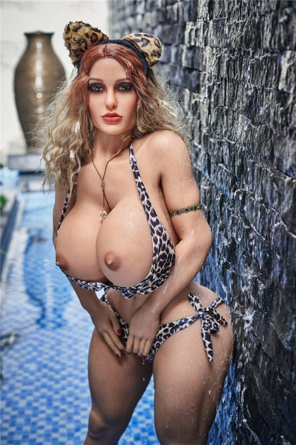 140 cm irontech sex doll maria showing nude boobs from very closeup