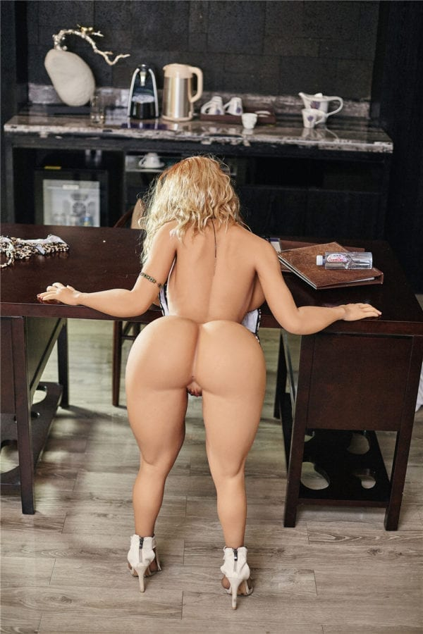 140 cm irontech sex doll maria showing nude hips-2